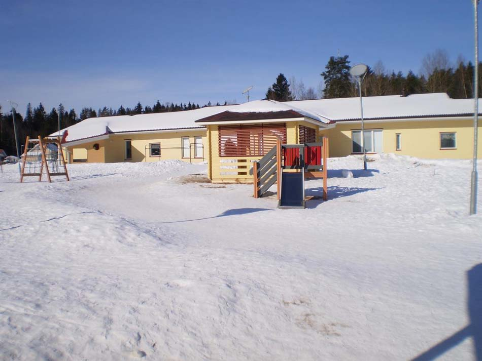 a picture of HermAnni Nursery during the winter