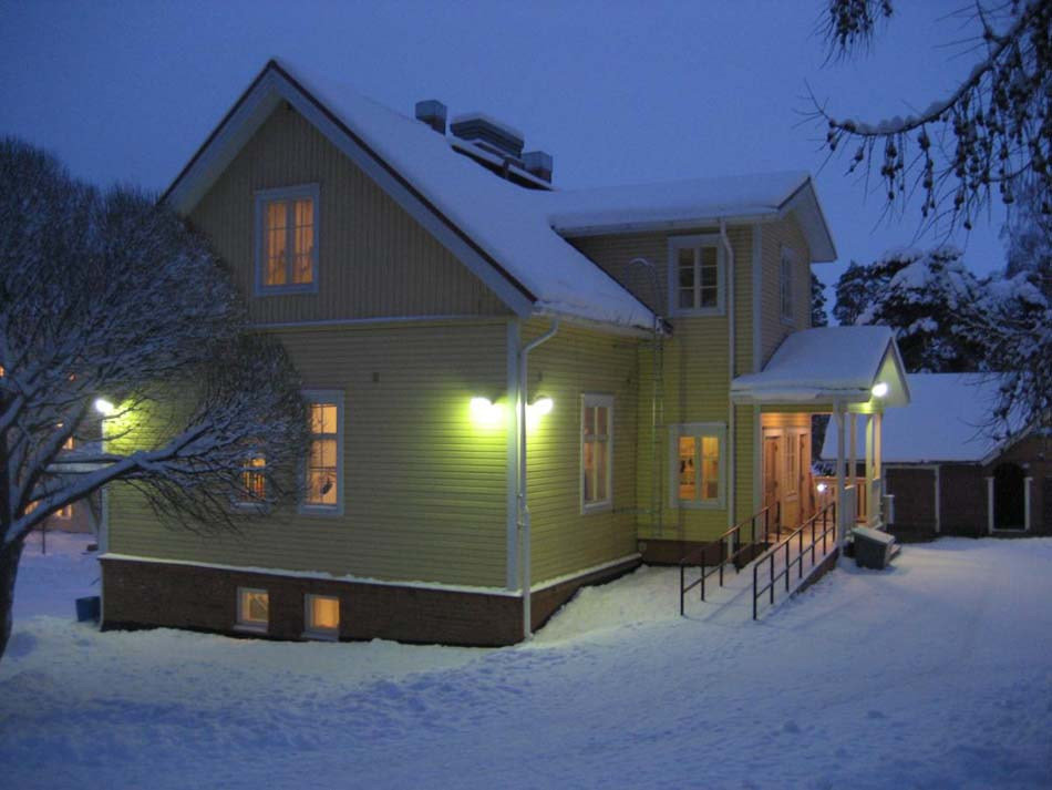 a picture of Kostia Preschool during the winter